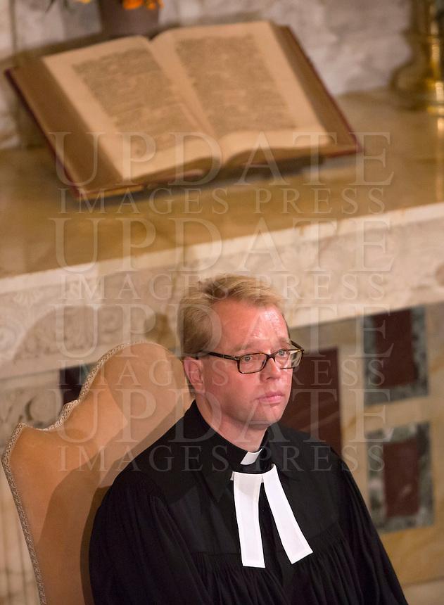 Il pastore Jens-Martin Kruse durante la visita del Papa alla Chiesa Evangelica Luterana di Roma, 15 novembre 2015.<br /> Rev. Jens-Martin Kruse during the Pope's visit to the Lutheran Evangelical Church in Rome, 15 November 2015.<br /> UPDATE IMAGES PRESS/Riccardo De Luca<br /> <br /> STRICTLY ONLY FOR EDITORIAL USE