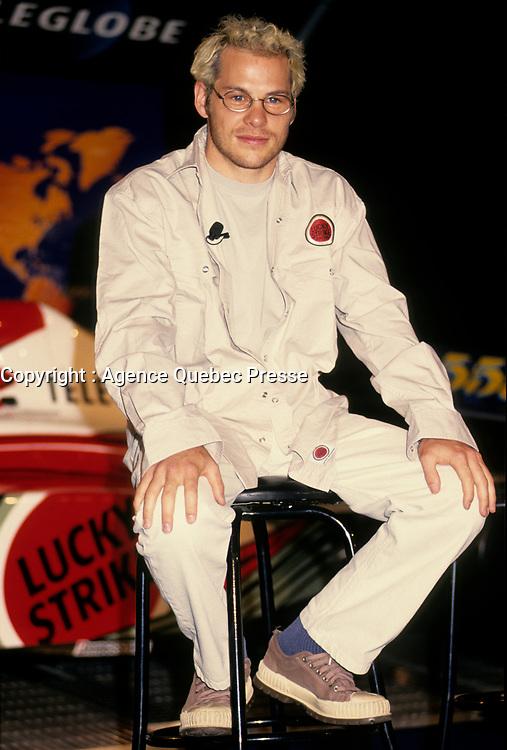 Jacques Villeneuve lors de la conference de presse de l'equipe BAR, <br /> le 9 Juillet 1999<br /> <br /> <br /> July 9 1999 file Photo - Montreal, Quebec, CANADA - Formula One driver Jacques Villeneuve speak at the news conference  for BAR team<br /> <br /> PHOTO : Agence Quebec Presse