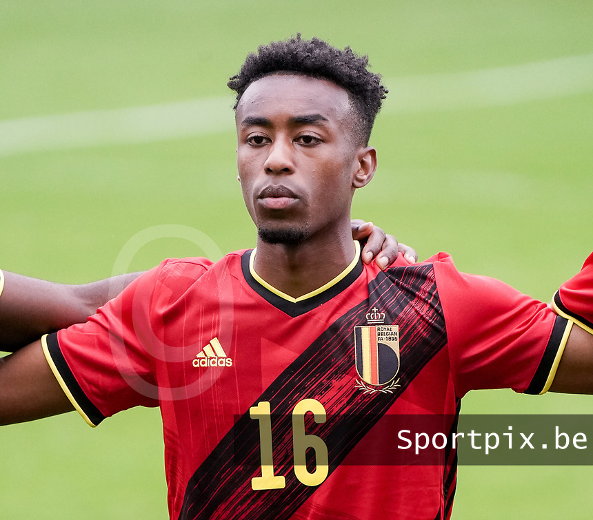 Belgium's Mike Tresor Ndayishimiye's (16) pictured during national anthem before a soccer game between the national teams Under21 Youth teams of Belgium and Germany on the 5th matday in group 9 for the qualification for the Under 21 EURO 2021 , on tuesday 8 th of September 2020  in Leuven , Belgium . PHOTO SPORTPIX.BE | SPP | SEVIL OKTEM
