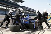 Verizon IndyCar Series<br /> IndyCar Grand Prix<br /> Indianapolis Motor Speedway, Indianapolis, IN USA<br /> Saturday 13 May 2017<br /> Scott Dixon, Chip Ganassi Racing Teams Honda, pit stop<br /> World Copyright: Michael L. Levitt<br /> LAT Images