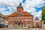 Frankreich, Grand Est, Elsass, Departement Bas-Rhin, Wissembourg (Weissenburg): Rathaus (Hôtel de ville) | France, Grand Est, Alsace, Departement Bas-Rhin, Wissembourg: townhall (Hôtel de ville)