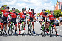 The Drapac team celebrate. Stage Three - Te ara roa (Te Awamutu circuit). 2019 Grassroots Trust NZ Cycle Classic UCI 2.2 Tour from Te Awamutu in Cambridge, New Zealand on Friday, 25 January 2019. Photo: Dave Lintott / lintottphoto.co.nz