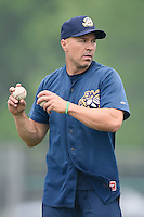Burlington Bees manager Adam Melhuse (6) during practice before a game against the Bowling Green Hot Rods on May 7, 2016 at Community Field in Burlington, Iowa.  Bowling Green defeated Burlington 11-1.  (Mike Janes/Four Seam Images)