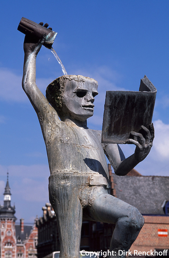 Brunnen der Weisheit in Leuven in Brabant, Flandern, Belgien