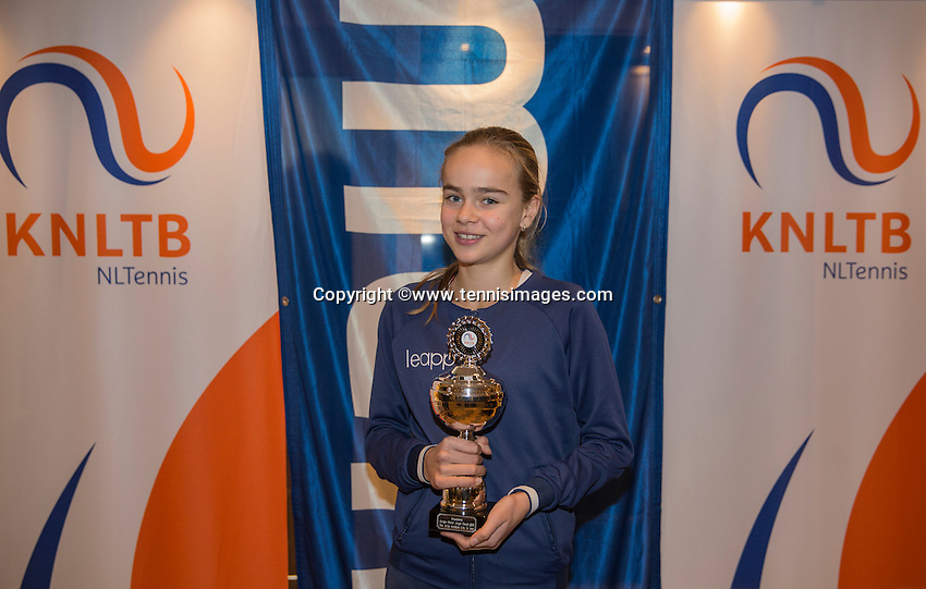 Hilversum, Netherlands, December 4, 2016, Winter Youth Circuit Masters, 3 th place girls 14 years Bente Spee <br /> Photo: Tennisimages/Henk Koster