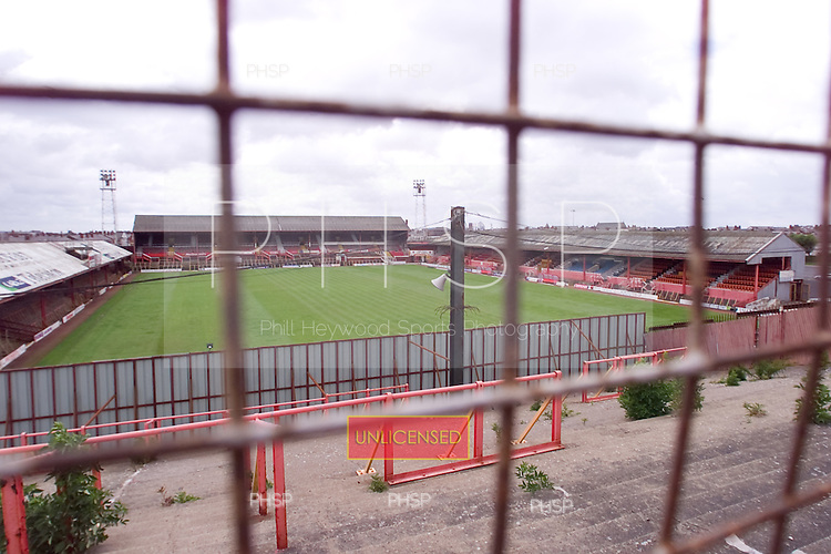 23/06/2000 Blackpool FC Bloomfield Road Ground..Ground view from rear of Kop visitors section.....© Phill Heywood.