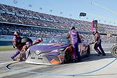 2017 NASCAR Monster Energy Cup - Daytona 500<br /> Daytona International Speedway, Daytona Beach, FL USA<br /> Sunday 26 February 2017<br /> Denny Hamlin, FedEx Express Toyota Camry pit stop<br /> World Copyright: Matthew T. Thacker/LAT Images<br /> ref: Digital Image 17DAY2mt1567