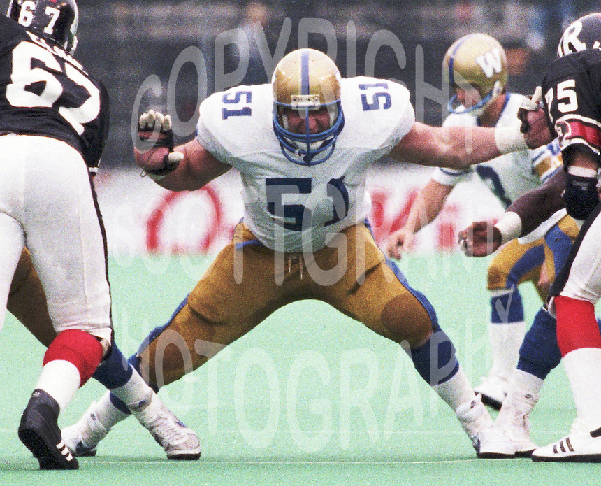 David Black Winnipeg Blue Bombers lineman 1986. Copyright photograph Scott Grant
