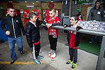 © Joel Goodman - 07973 332324 . 14/11/2015 . Manchester , UK . Young fans talking , ahead of the match . FC United host Gainsborough Trinity in the National League North at Broadhurst Park . NB requested changing room access three times and was denied three times . Photo credit : Joel Goodman