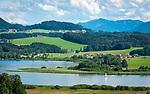 Oesterreich, Salzburger Land, Flachgau, der Wallersee bei Seekirchen am Wallersee | Austria, Salzburger Land, region Flachgau, Waller Lake near Seekirchen am Wallersee