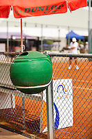Netherlands, Amstelveen, August 21, 2015, Tennis,  National Veteran Championships, NVK, TV de Kegel,  dustbin<br /> Photo: Tennisimages/Henk Koster