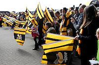 Photo: Richard Lane/Richard Lane Photography. Wasps v Sale Sharks. Aviva Premiership. 20/03/2016. Wasps supporters cheer their team in.