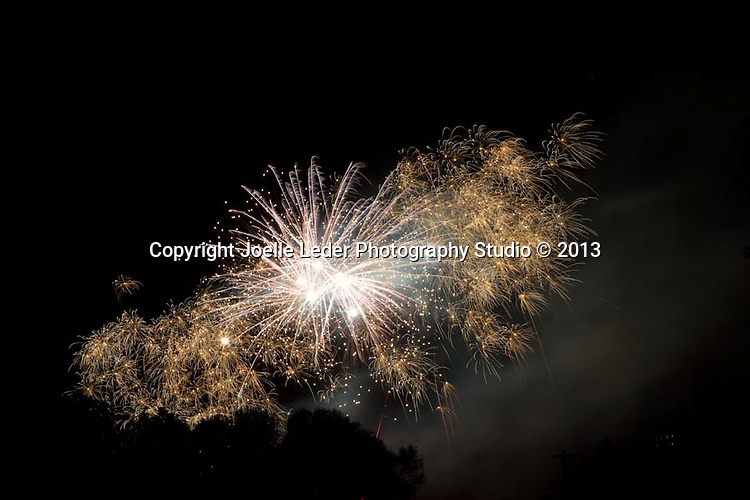 Fireworks 2013 from the Historic town of Mariposa CA
