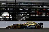 Verizon IndyCar Series<br /> Indianapolis 500 Carb Day<br /> Indianapolis Motor Speedway, Indianapolis, IN USA<br /> Friday 26 May 2017<br /> James Hinchcliffe, Schmidt Peterson Motorsports Honda<br /> World Copyright: Scott R LePage<br /> LAT Images<br /> ref: Digital Image lepage-170526-indy-8844