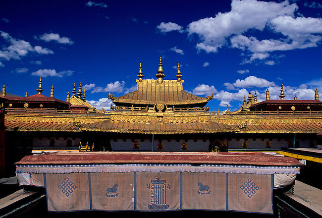 Gilded roof ornaments at Jokhang Temple, Lhasa, Tibet, Tibetan Autonomous Region, China, Asia