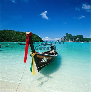 Thailand, Krabi Province, Andaman Coast, Ko Phi Phi Island, Phi Phi Don: Longtail boat | Thailand, Provinz Krabi, Andamanen Kueste, Ko Phi Phi Insel, Phi Phi Don: Longtail Boot