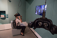 Wiedereroeffnung des Juedischen Muesum in Berlin.<br /> Im Bild: Eine Besucherin mit einer 3D-Brille macht einen virtuellen Rundgang durch eine Synagoge.<br /> 18.8.2020, Berlin<br /> Copyright: Christian-Ditsch.de<br /> NUR FUER REDAKTIONELLE ZWECKE! Werbung nur auf Anfrage beim Fotografen. [Inhaltsveraendernde Manipulation des Fotos nur nach ausdruecklicher Genehmigung des Fotografen. Vereinbarungen ueber Abtretung von Persoenlichkeitsrechten/Model Release der abgebildeten Person/Personen liegen nicht vor. NO MODEL RELEASE! Don't publish without copyright Christian-Ditsch.de, Veroeffentlichung nur mit Fotografennennung, sowie gegen Honorar, MwSt. und Beleg. Konto: I N G - D i B a, IBAN DE58500105175400192269, BIC INGDDEFFXXX, Kontakt: post@christian-ditsch.de<br /> Bei der Bearbeitung der Dateiinformationen darf die Urheberkennzeichnung in den EXIF- und  IPTC-Daten nicht entfernt werden, diese sind in digitalen Medien nach §95c UrhG rechtlich geschuetzt. Der Urhebervermerk wird gemaess §13 UrhG verlangt.]
