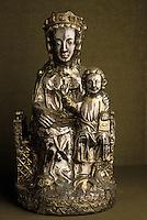 Europe/France/Auvergne/12/Aveyron/Conques: Trésor - Vierge reliquaire argent, vermeil - XIIIème