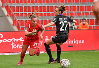 Davinia Vanmechelen (25) of Standard pictured with Tessa Wullaert (27) of Anderlecht during a female soccer game between Standard Femina de Liege and RSC Anderlecht on the 8th matchday in play off 1 of the 2020 - 2021 season of Belgian Scooore Womens Super League , tuesday 18 th of May 2021  in Angleur , Belgium . PHOTO SPORTPIX.BE | SPP | DAVID CATRY