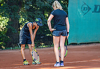 Hilversum, Netherlands, Juli 29, 2019, Tulip Tennis center, National Junior Tennis Championships 12 and 14 years, NJK, Line dispute between  Britt Du Pree (NED) (R) and Cloë The (NED)<br /> Photo: Tennisimages/Henk Koster