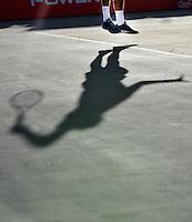 BOGOTA – COLOMBIA – 18-07-2014: Bernard Tomic de Australia,  se prepara para servir a Vasek Pospisil, de Canada durante partido de cuartos de final del Open Claro Colombia de tenis ATP 250, que se realiza en las canchas del Centro de Alto Rendimiento en Altura en ciudad de Bogota. / Bernard Tomic of Australia, prepared to serve to Vasek Pospisil, of Canada, during a match for the quarter of finals of the Open Claro Colombia de tenis ATP 250, at Centro de Alto Rendimiento en Altura in Bogota City. Photo: VizzorImage / Luis Ramirez / Staff.