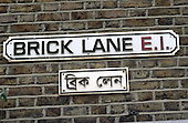 Bilingual street sign in Brick Lane, Bethnal Green, London