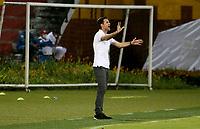 BUCARAMANGA - COLOMBIA, 05–04-2021: Abel Segovia, tecnico de Patriotas Boyaca F.C. durante partido entre Atletico Bucaramanga y Patriotas Boyaca F.C. de la fecha 17 por la Liga BetPlay DIMAYOR I 2021, jugado en el estadio Alfonso Lopez de la ciudad de Bucaramanga. / Abel Segovia, coach of Patriotas Boyaca F.C. during a match between Atletico Bucaramanga and Patriotas Boyaca F.C. of the 17th date for the BetPlay DIMAYOR I 2021 League at the Alfonso Lopez stadium in Bucaramanga city. / Photo: VizzorImage / Jaime Moreno / Cont.