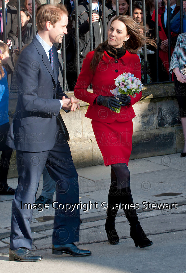 ::  PRINCE WILLIAM  AND FIANCE KATE MIDDLETON GO WALK ABOUT IN ST ANDREWS :: HRH PRINCE WILLIAM OF WALES AND FIANCE KATE MIDDLETON WHERE IN ST ANDREWS TO LAUNCH THE UNIVERSITY OF ST ANDREWS' 600TH ANNIVERSARY CELEBRATIONS  ::