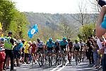 Picture by Shaun Flannery/SWpix.com - 05/05/2018 - Cycling - 2018 Tour de Yorkshire - Stage 3: Richmond to Scarborough - Yorkshire, England<br /> Peloton Cote de Sutton Bank.