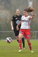 Zulte Waregem's midfielder Amber De Priester pictured during a female soccer game between SV Zulte - Waregem and White Star Woluwe on the 9th matchday of the 2020 - 2021 season of Belgian Scooore Women s SuperLeague , saturday 12 th of December 2020  in Waregem , Belgium . PHOTO SPORTPIX.BE | SPP | DIRK VUYLSTEKE