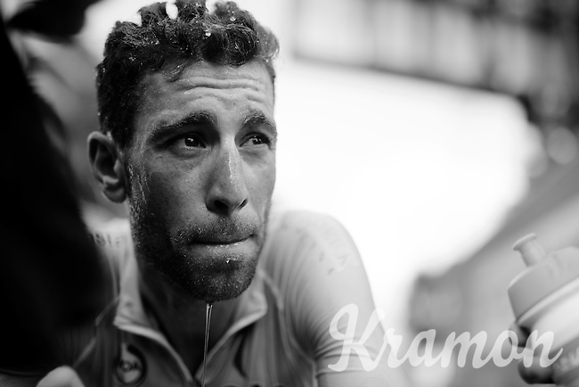 The remarkable rise of Vincenzo Nibali (ITA/Astana) in this stage; he managed to gain back 28 seconds on his fellow overall contenders<br /> After finishing he needed serious cooling down after yet again a very hot day on the bike.<br /> <br /> stage 16: Bourg de Péage - Gap (201km)<br /> 2015 Tour de France