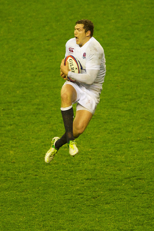 Alex Goode of England makes sure of the high ball during the QBE Autumn International match between England and South Africa at Twickenham on Saturday 24 November 2012 (Photo by Rob Munro)
