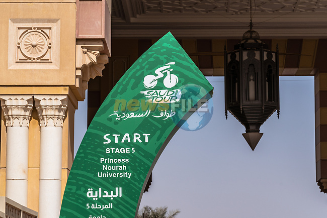 The start of Stage 5 of the Saudi Tour 2020 running 144km from Princess Nourah University to Al Masmak, Saudi Arabia. 8th February 2020. <br /> Picture: ASO/Kåre Dehlie Thorstad | Cyclefile<br /> All photos usage must carry mandatory copyright credit (© Cyclefile | ASO/Kåre Dehlie Thorstad)