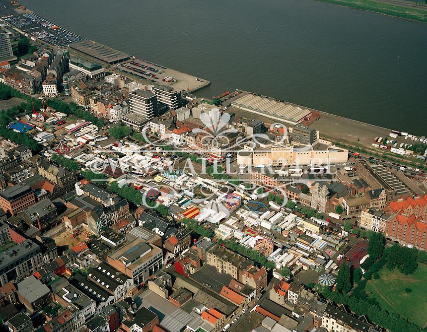 Mei 1999. Sinksefoor in Antwerpen.