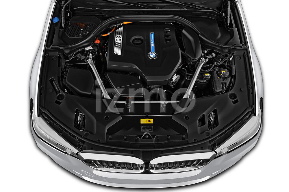 Car stock 2018 BMW 5 Series Plug-In Hybrid 530e Sport 4 Door Sedan engine high angle detail view
