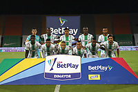 MEDELLIN- COLOMBIA, 28-11-2020:Jugadores del Atlético Nacional posan para una foto previo al partido por los cuartos de final vuelta como parte de la Liga BetPlay DIMAYOR 2020 entre  Atlético Nacional y América de Cali  jugado en el estadio Atanasio Girardot de la ciudad de Medellín. / Players of Atletico Nacional pose to a photo prior match for the quarterfinal second leg as part of BetPlay DIMAYOR League 2020 between  Atletico Nacional and America de Cali played at Atansio Girardot stadium in Medellin. Photo: VizzorImage /Juan Auguisto Cardona / Contribuidor