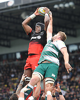 Maro Itoje of Saracens wins clean lineout ball during the Aviva Premiership semi final match between Saracens and Leicester Tigers at Allianz Park on Saturday 21st May 2016 (Photo: Rob Munro/Stewart Communications)