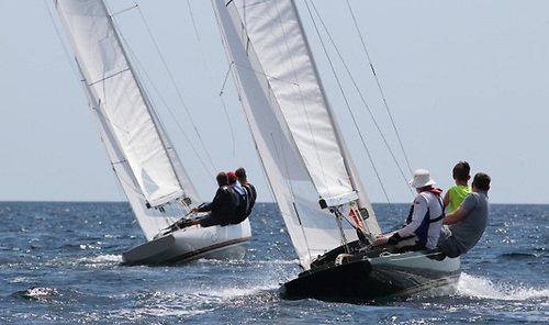 Having started in dinghies, when Larry Martin moved into keelboats his first command was in the International Dragon Class in Dublin Bay