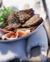 """Europe/France/Rhône-Alpes/74/Haute-Savoie/Chatel : Beignets de pomme de terre - Recette du chalet restaurant d'altitude """"Chez Denis ou le Repas du Berger"""""""