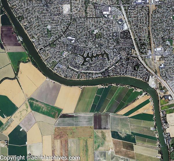 aerial photo map of Sacramento, California at the Sacramento deep river channel, Sacramento County, California