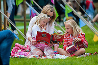 Hay on Wye, Wales, UK Saturday 28 May 2016<br /> Pictured: A young family enjoy the sunshine at hay <br /> Re: The 2016 Hay festival take place at Hay on Wye, Powys, Wales