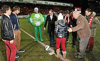 KV Kortrijk - KV Mechelen : Vincent Van Quickenborne met de aftrap voor de wedstrijd.foto VDB / BART VANDENBROUCKE