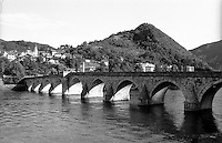 Višegrad, il ponte sulla Drina Mehmed Paša Sokolović, di epoca ottomana --- Višegrad, the Ottoman - era bridge Mehmed Paša Sokolović over the Drina