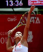 BOGOTÁ - COLOMBIA - 23-02-2013: Karin Knapp de Italia, en acción, durante partido por la Copa de Tenis WTA Bogotá, febrero 23 de 2013. (Foto: VizzorImage / Luis Ramírez / Staff). Karin Knapp from Italy in action, during a match for the WTA Bogota Tennis Cup, on February 23, 2013, in Bogota, Colombia. (Photo: VizzorImage / Luis Ramirez / Staff).....................................
