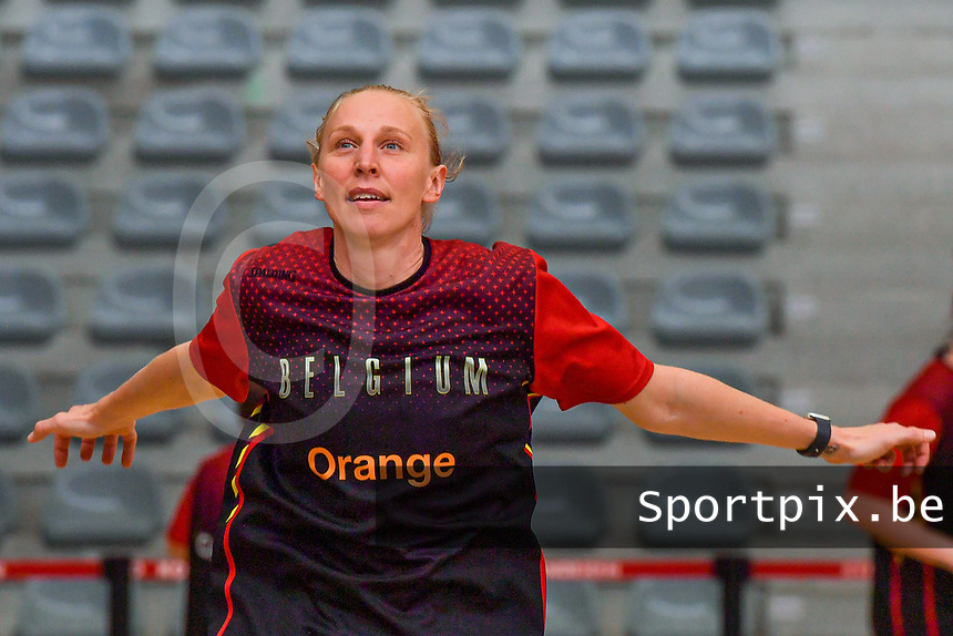 Ann Wauters (12) of Belgium pictured before a basketball game between the national teams of Belgium , called the Belgian Cats , and Nigeria on Sunday 30 th of May 2021 in Kortrijk , Belgium . PHOTO SPORTPIX.BE | SPP | STIJN AUDOOREN
