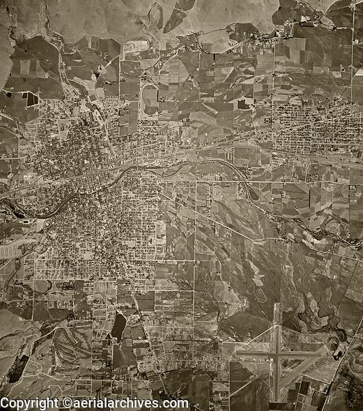historical aerial photograph Reno, Nevada, 1946