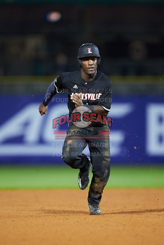 Josh Stowers (25) of the Louisville Cardinals hustles towards third base against the Notre Dame Fighting Irish in Game Eight of the 2017 ACC Baseball Championship at Louisville Slugger Field on May 25, 2017 in Louisville, Kentucky. The Cardinals defeated the Fighting Irish 10-3. (Brian Westerholt/Four Seam Images)