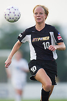 Anita Rapp of the Power. The Atlanta Beat and the NY Power played to a 1-1 tie on 7/26/03 at Mitchel Athletic Complex, Uniondale, NY.