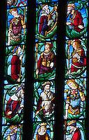 Europe/France/Midi-Pyrénées/32/Gers/Fleurance: L'église Notre-Dame - Saint Laurent de Fleurance - les vitraux de la fentre Sud-Est du choeur oeuvre d'Arnaud de Môles XVI éme