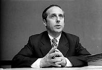 Le ministre Victor Goldbloom<br /> , le 13 mai 1974<br /> <br /> PHOTO : Agence Quebec Presse